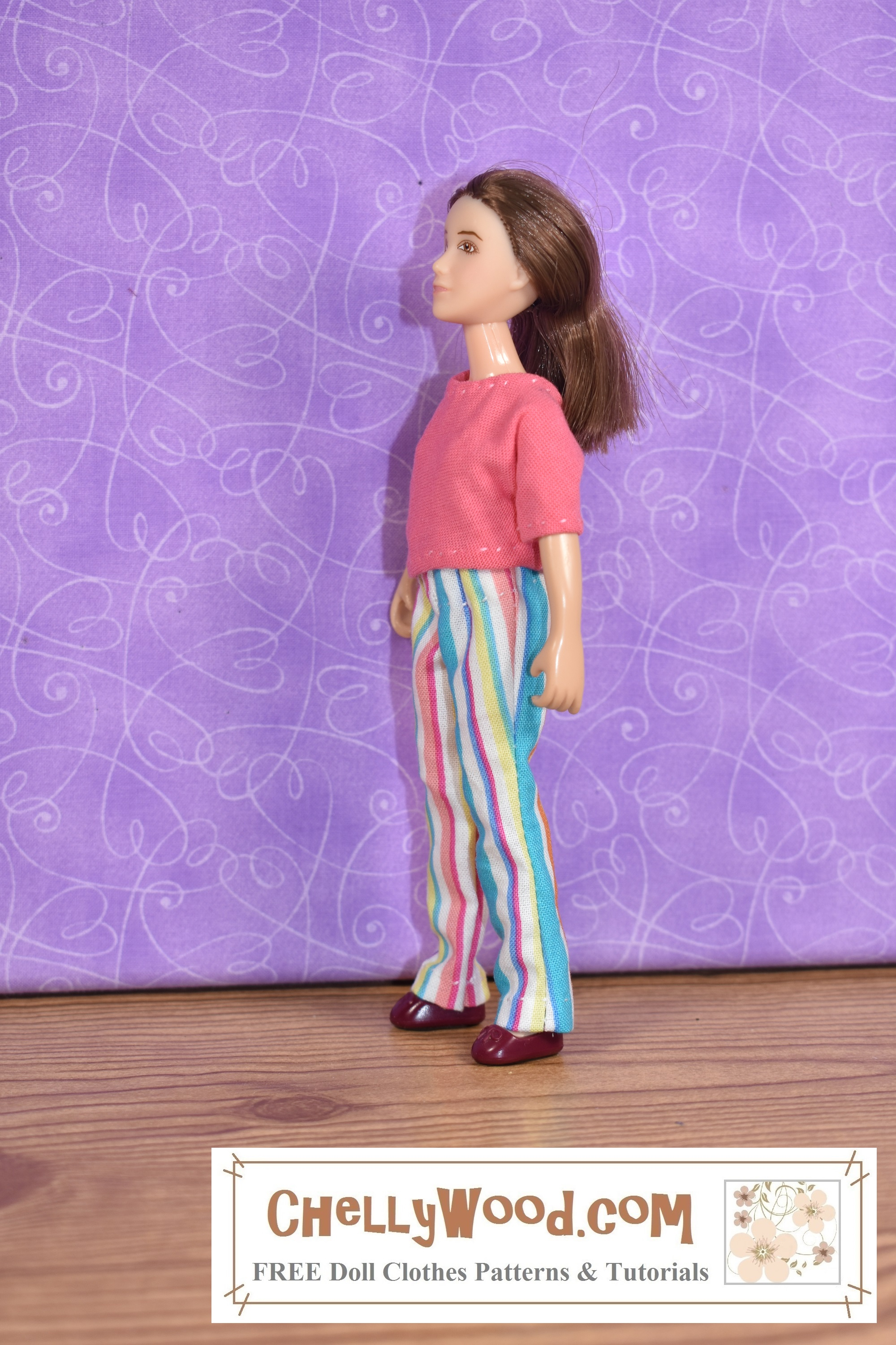 Please click here for all the free printable sewing patterns and tutorial videos you'll need to make an outfit like this jeans and a T-shirt combination that fits 6 inch dolls like the Breyer Rider dolls: https://wp.me/p1LmCj-GUq The image shows a Breyer Classic Rider (6 inches tall) wearing handmade jeans with an elastic waist and a handmade T-shirt.