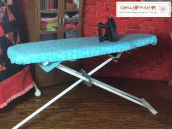 Click here to find all the patterns and tutorials you'll need to make this project: https://chellywood.com/2016/07/28/make-an-ironing-board-for-your-dolling-dolls-dioramas-w-free-pattern-chellywood-com/