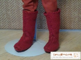 Click here to find all the patterns and tutorials you'll need to make this project: https://chellywood.com/2016/12/02/whats-the-1-free-sewing-pattern-tutorial-from-chellywood-com-doll-boots/