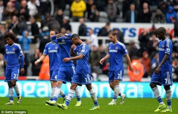 Chelsea perdeu para o Newcastle em St. James Park.