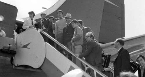 Soccer - World Cup Mexico 1970 - England Team - Heathrow Airport