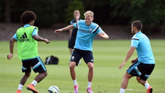 O alemão voltou aos treinos essa semana (Foto: Chelsea FC)