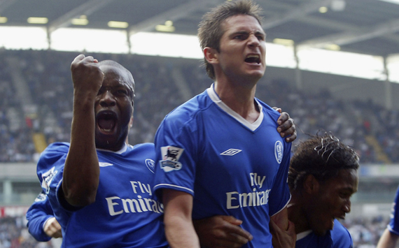 Makélélé e Lampard, pilares do meio de campo do Chelsea (Foto: Alex Livesey/Getty Images)