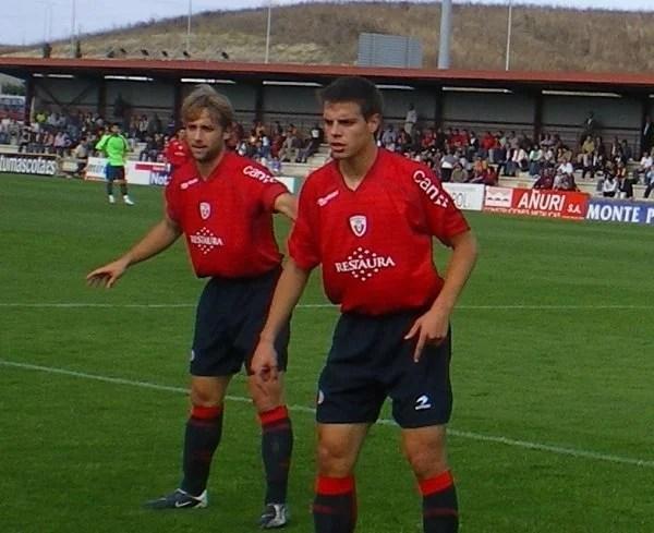Azpi nos tempos das categorias de base do Osasuna (Foto: Navarro Sport)