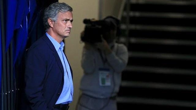Mesmo com a vitória, treinador continua insatisfeito com arbitragem (Foto: Chelsea FC)