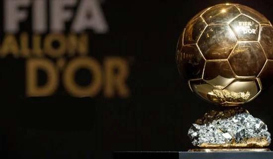 O prêmio máximo para qualquer jogador de futebol (Foto: india.com)