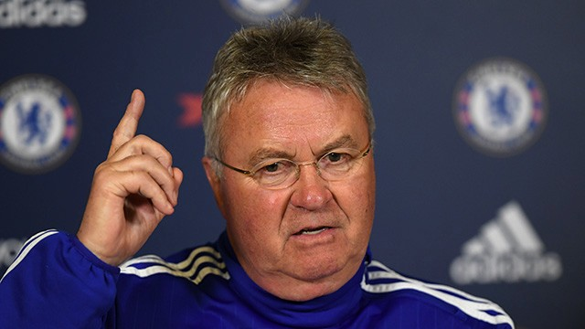 Hiddink elogiou o time do Manchester City (Foto: Chelsea FC)