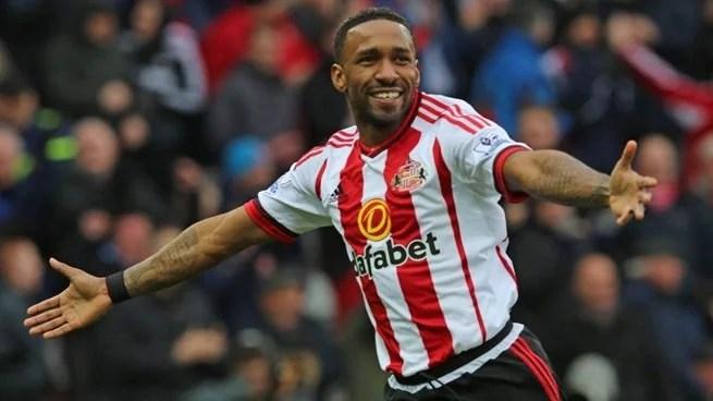 Defoe vive ótimo momento (Foto: Sunderland AFC)