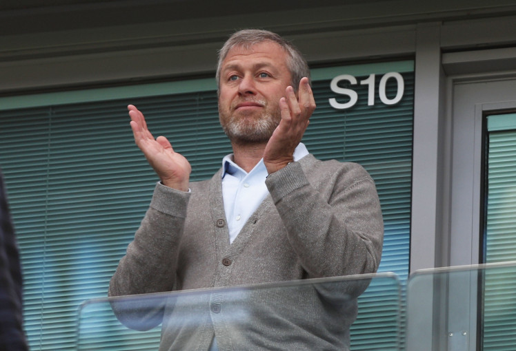 Abramovich estaria disposto a ir ao mercado com ímpeto (Photo by Paul Gilham/Getty Images)