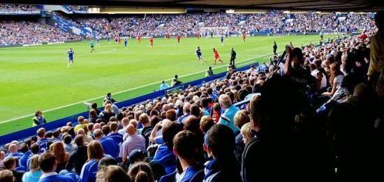 Vista da parte inferior do East Stand. (Foto: Brian Minkoff)