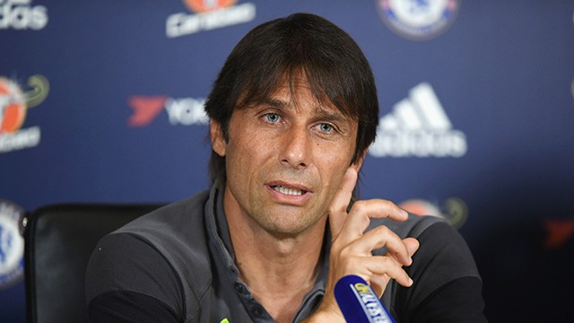 Conte na entrevista pré-jogo frente ao Watford. (Foto: Chelsea FC)