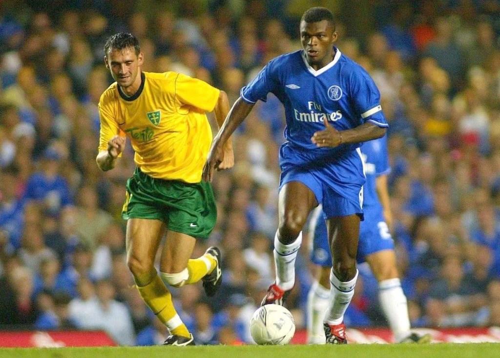 Desailly foi um grande capitão no Chelsea (Foto: Action Images/Andy Couldridge)