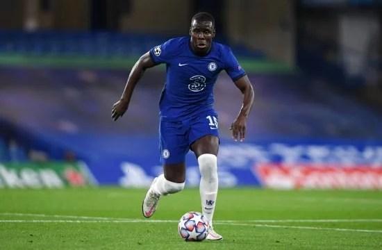 Kurt Zouma foi responsável por uma chance no principio do segundo tempo. Assim sendo, o Chelsea criou mais e equilibrou a posse de bola na etapa complementar.