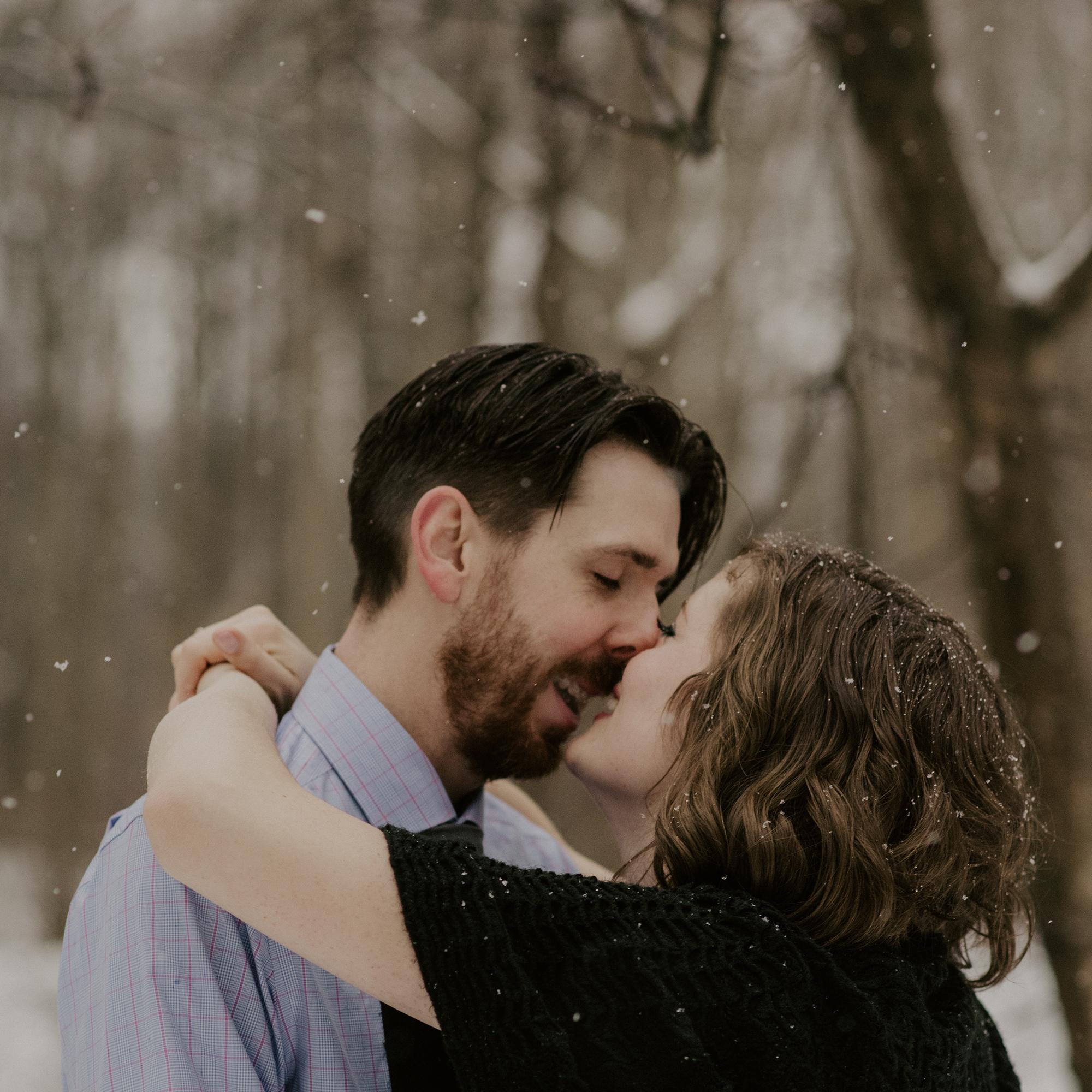 Niagara Engagement Photography