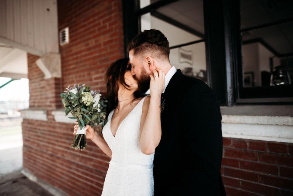 Chelsea Kyaw Photo_Iowa Wedding Photographer 048