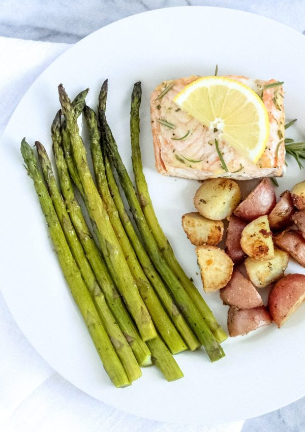 Sheet Pan Salmon and Veggies