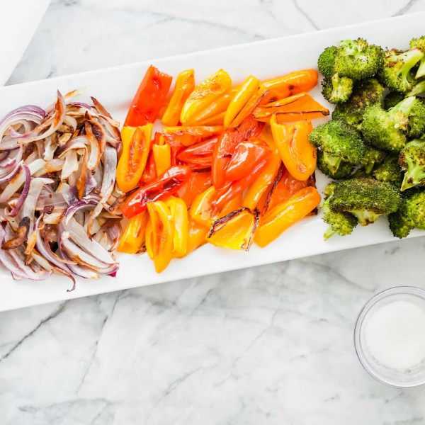 Mini Sweet Peppers with Broccoli and Onion