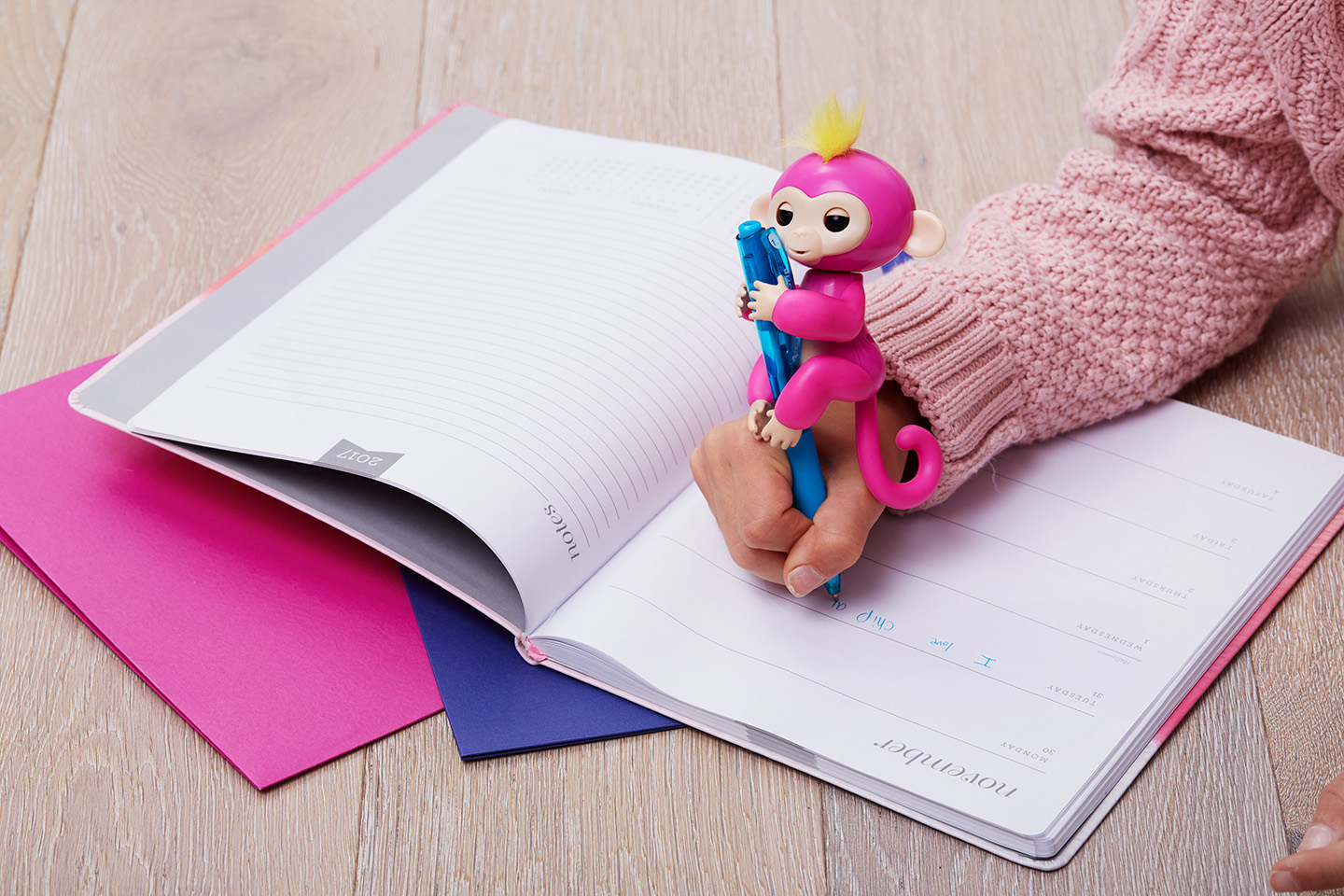 Win A Fingerlings Baby Monkey Chelseamamma