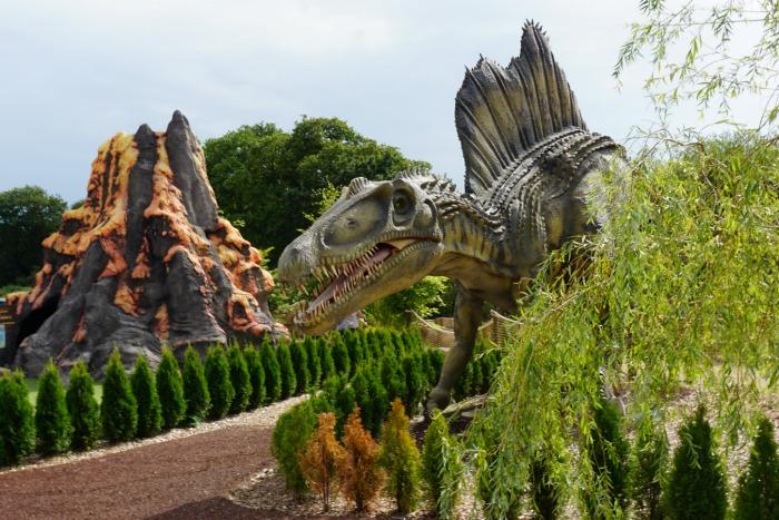 Dinosaur Mighty Claws