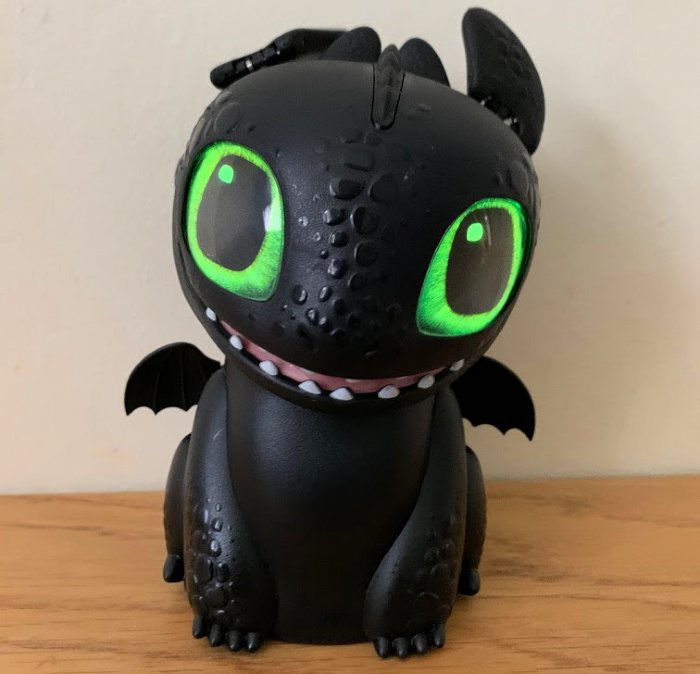 Hatching Toothless