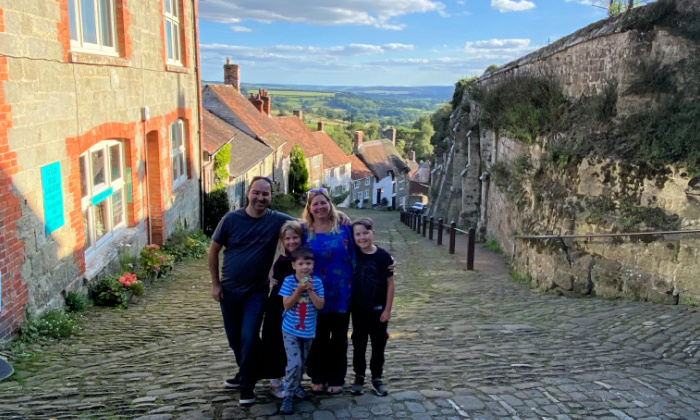 Family Gold Hill (1)