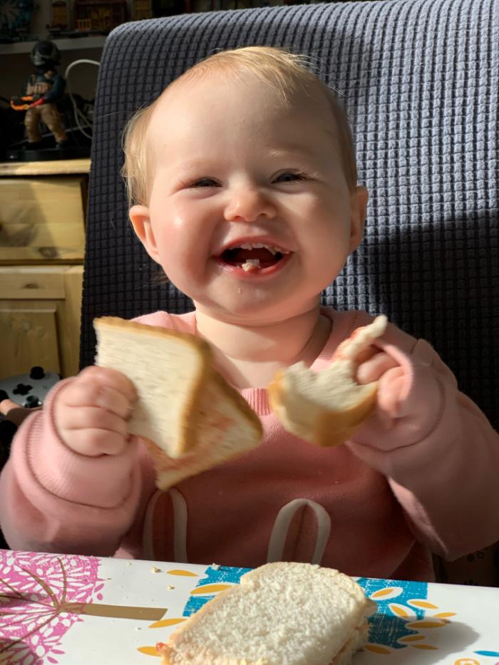 Lilah sandwich