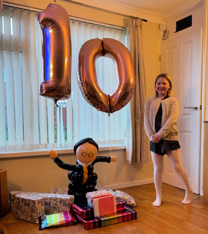 Eliza balloon