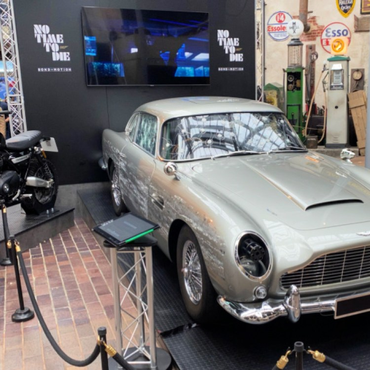 Review: Bond in Motion – No Time To Die Exhibition