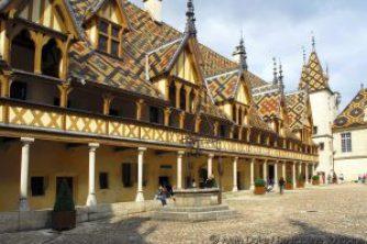 Beaune Hotel Dieu_ Photo Alain Doire_Bourgogne Tourisme