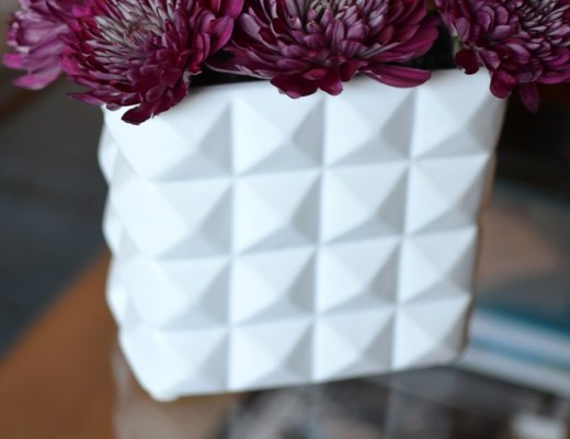 Chelsea+Morgan >> White Geometric Vase - Check out these awesome vases I picked up on my latest thrift store trip!