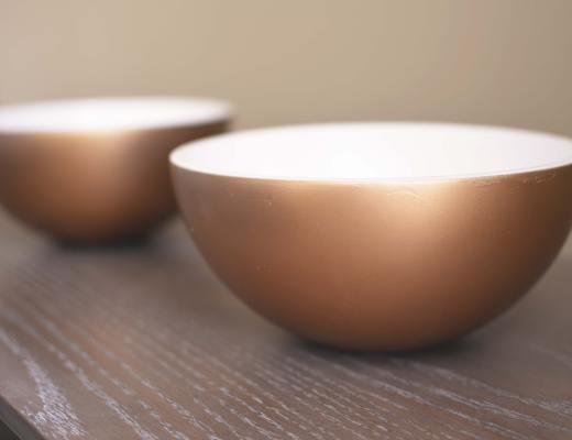 Chelsea+Morgan >> Two Toned Bowls - Found these at goodwill this week, see the full transformation on my blog!