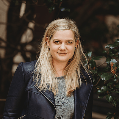 Author Chelsea Mueller