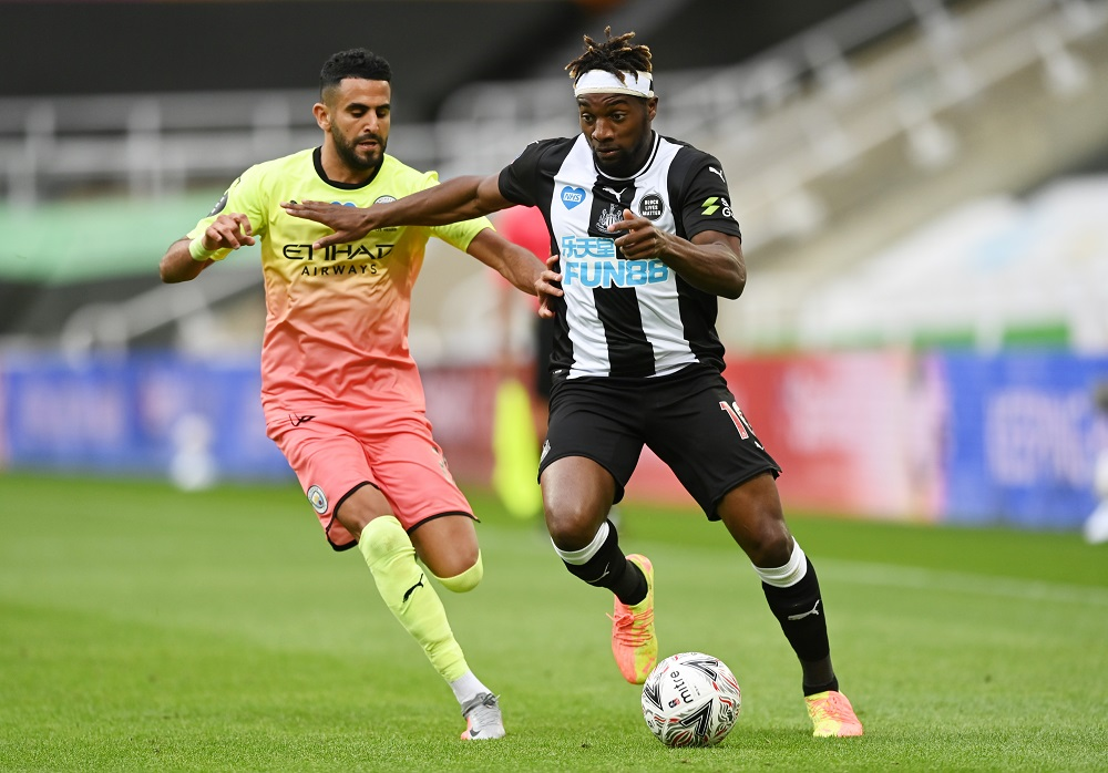 'The Closest Thing To Hazard' 'Let's Go For Him' Fans Discuss Reports Of Chelsea's Interest In Newcastle Speedster
