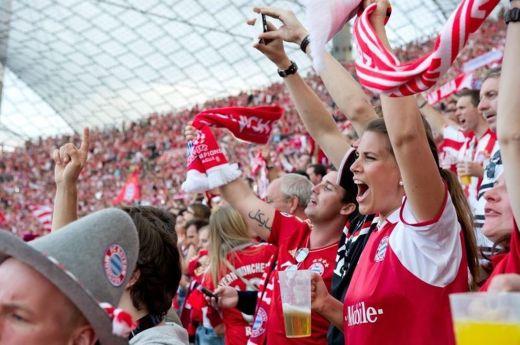 Fans2 vs Bayern Munich