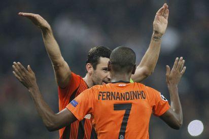 Shakhtar+Donetsk's+Fernandinho+(R)+
