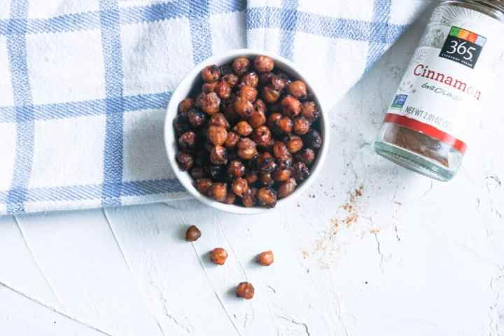 Mapled Roasted Chickpeas in a bowl