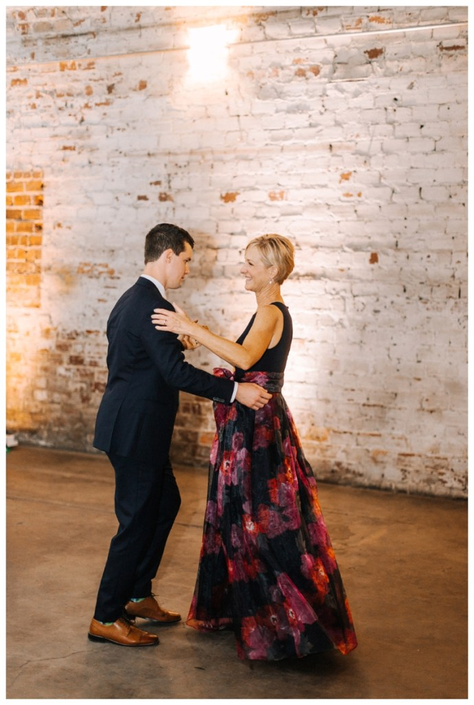Tampa_Wedding_Photographer_Rialto-Theatre-Downtown-Wedding_Carolyn-and-Mark_Tampa-FL_0175.jpg
