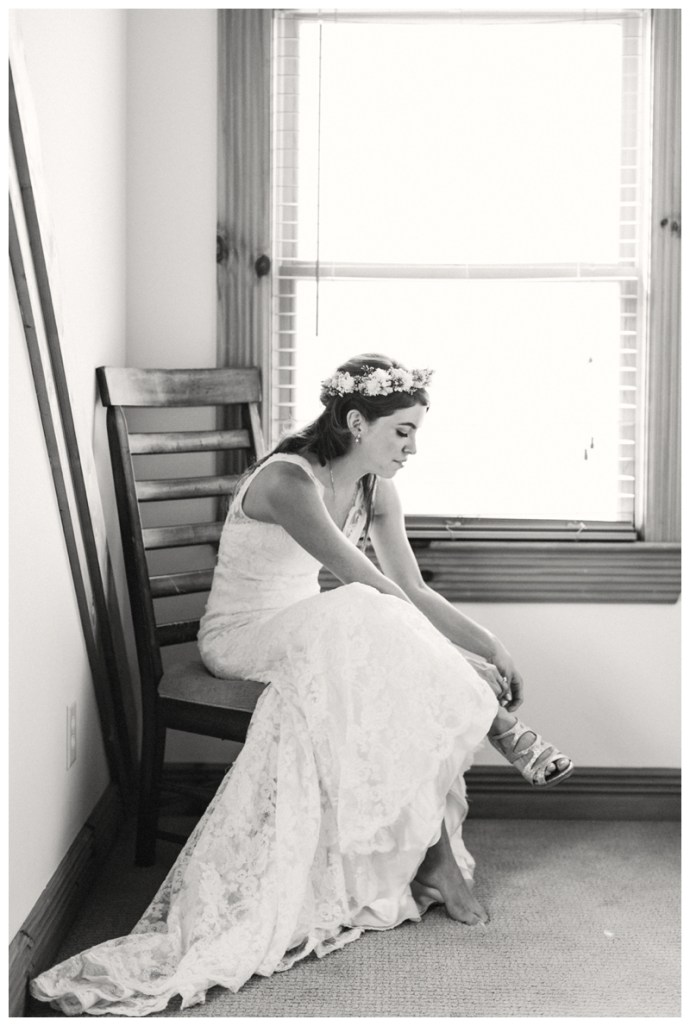 Destination_Wedding_Photographer_Mountain-Top-Cabin-Wedding_Elizabeth-and-Benjamin_Dahlonega-GA_0029.jpg