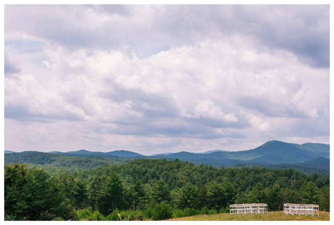 Destination_Wedding_Photographer_Mountain-Top-Cabin-Wedding_Elizabeth-and-Benjamin_Dahlonega-GA_0076.jpg