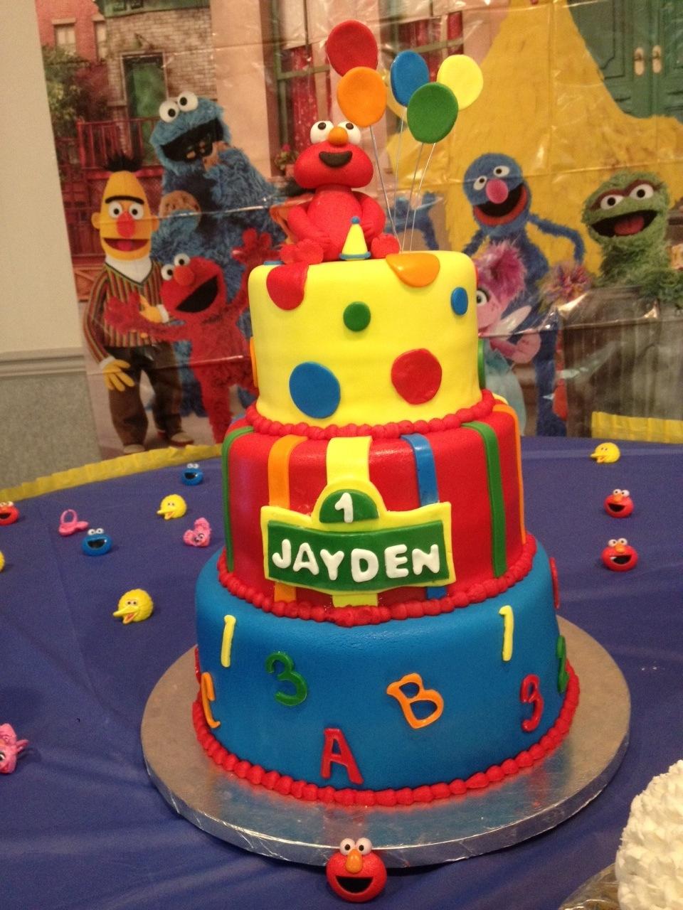 Sesame Street Creative Cakes