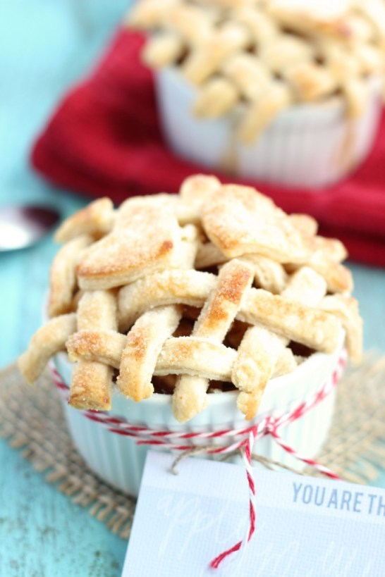 You are the apple of my eye - individual Valentine's apple pies