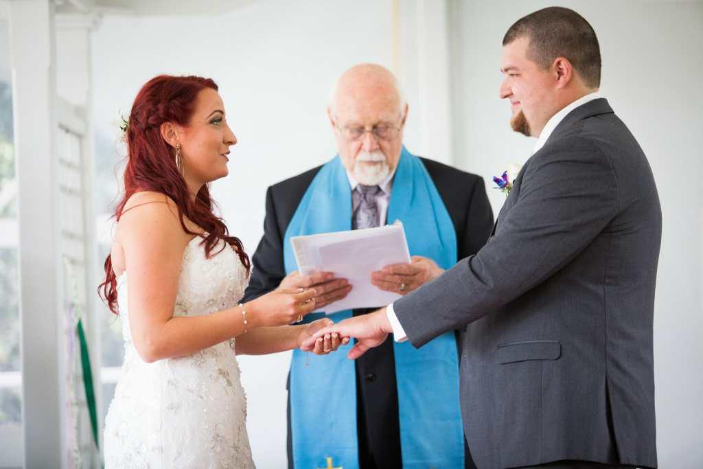 ring exchanging at toronto wedding