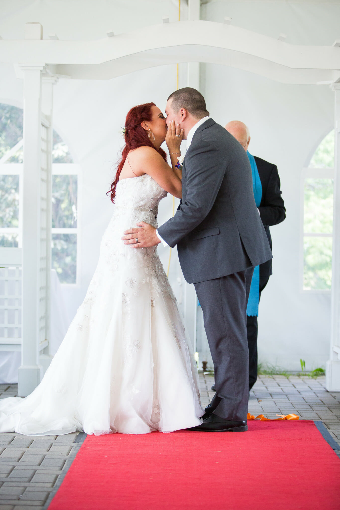first kiss at burlington wedding
