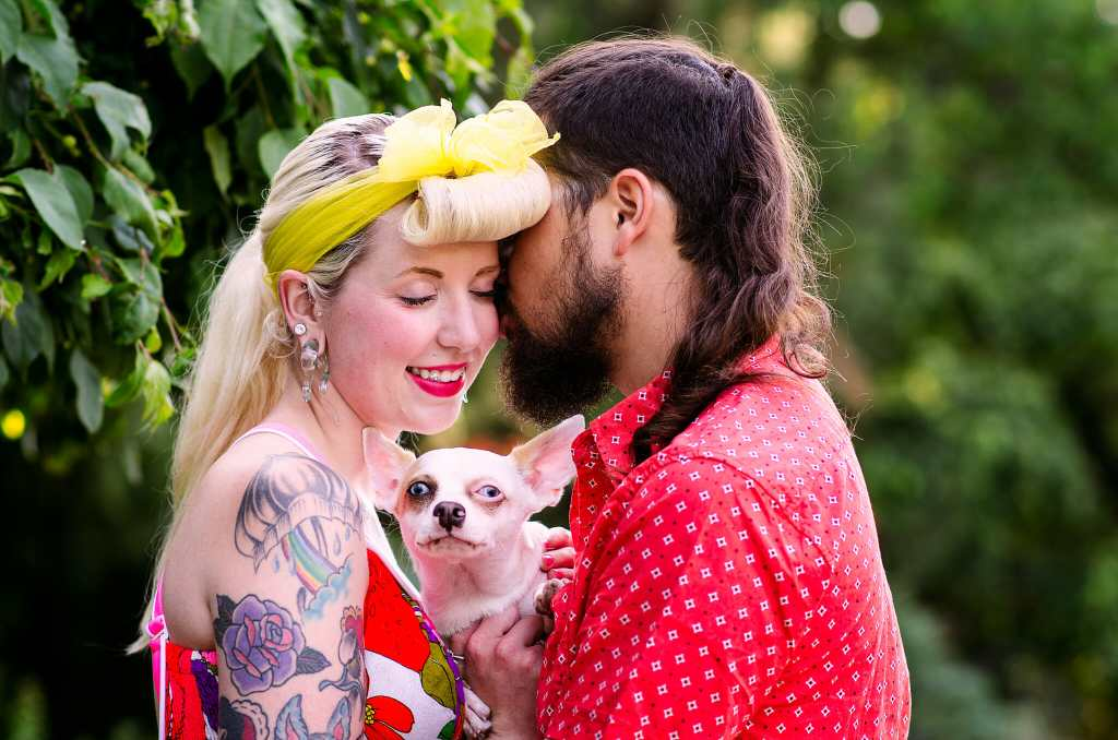 engagement photos in oshawa park featuring dog