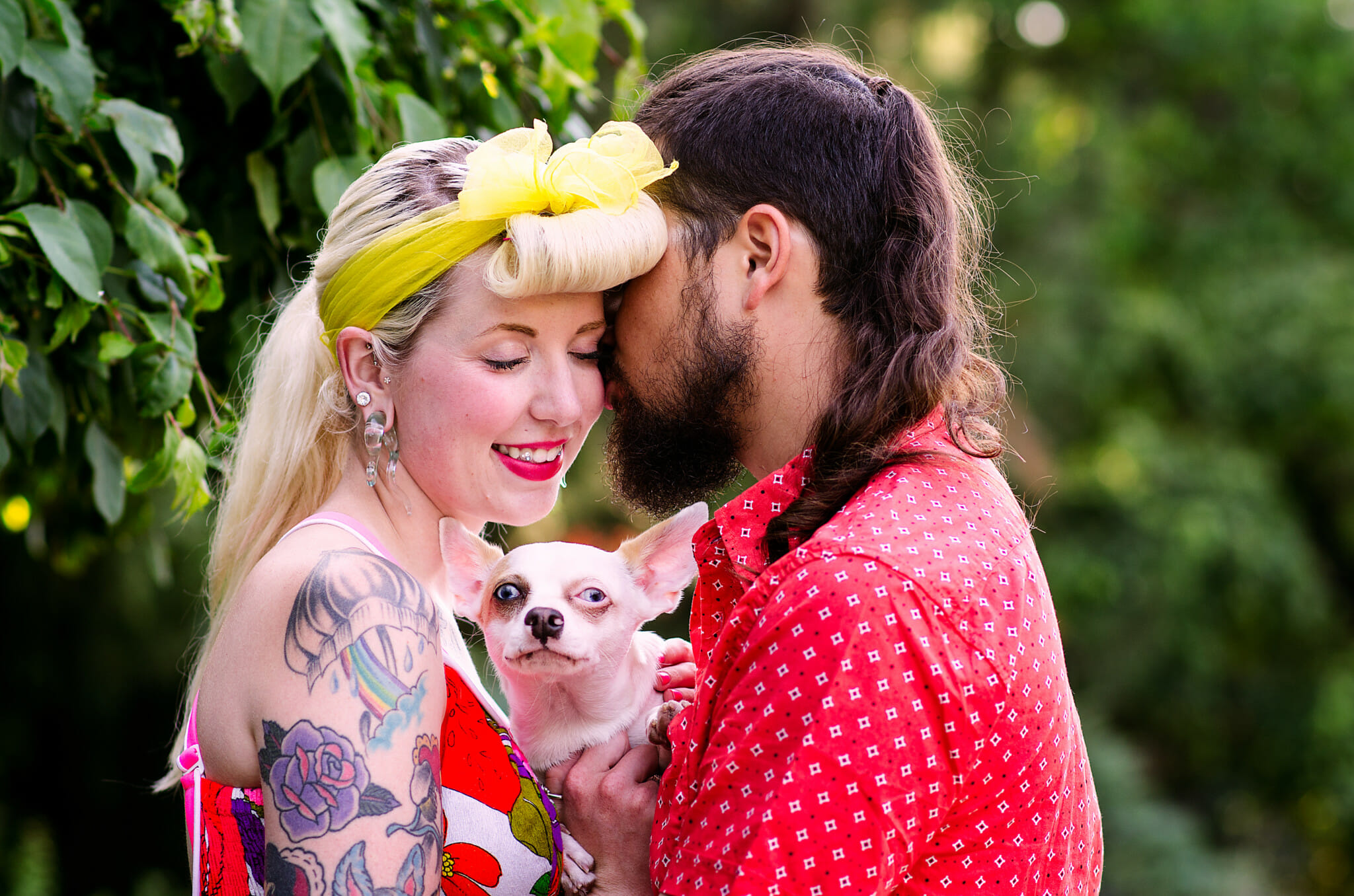 engagement photos in oshawa park featuring dog