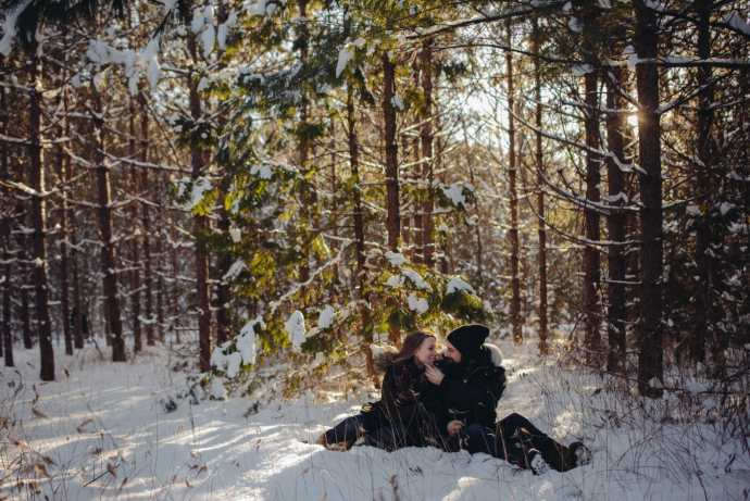 couple sitting in greenwood conservation area ajax