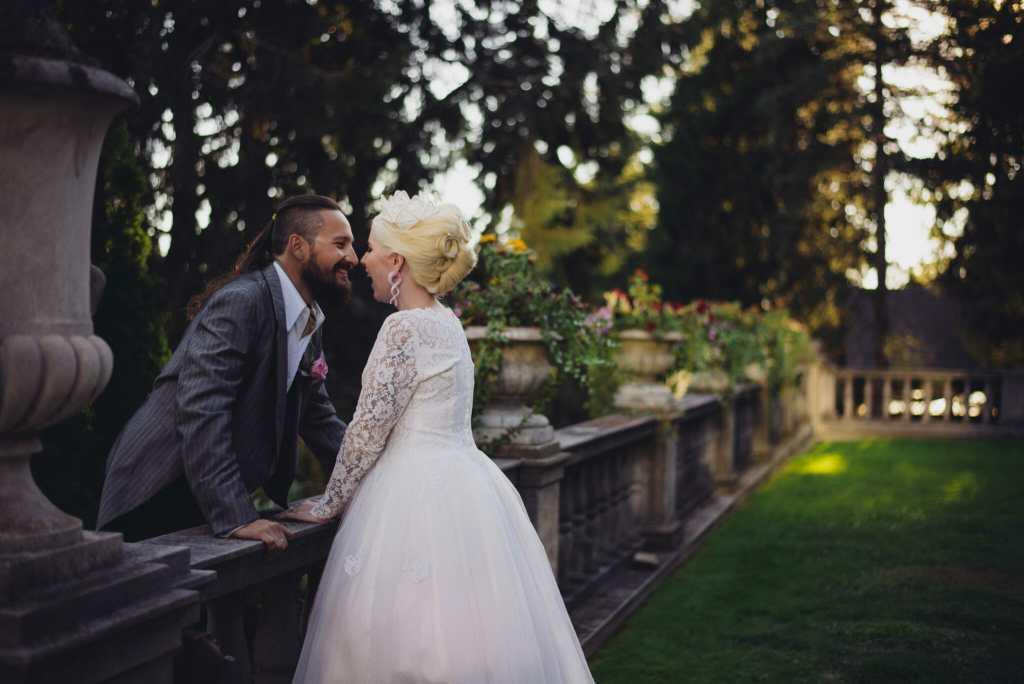 couple laugh in parwood estate gardens