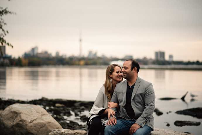 humber bay engagement photos toronto