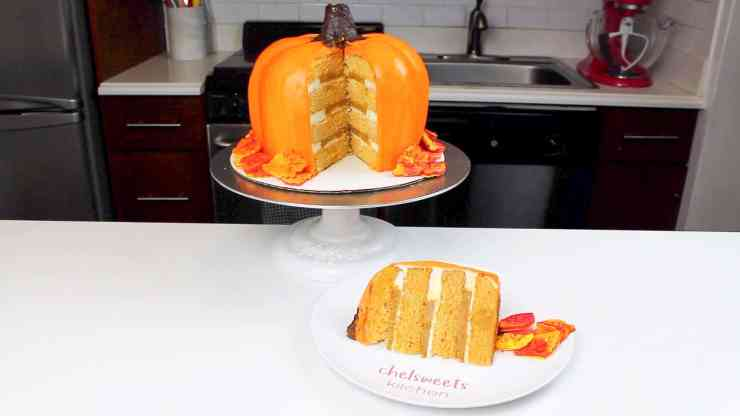 sliced pumpkin cake
