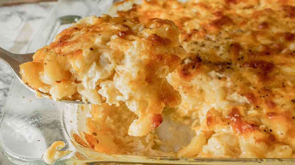 Southern, Soul Food Style Baked Mac and Cheese Recipe - The Best!   Chenée Today